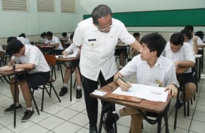 Usmar-UN-sekolah-oke