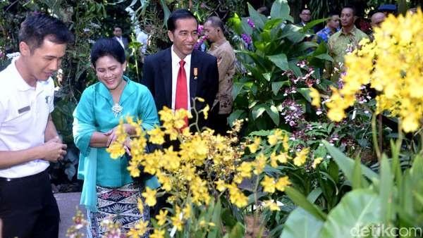 Jokowi_dan_bunga