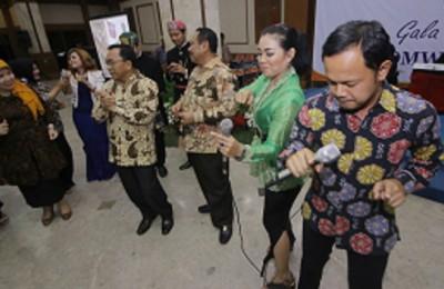 Bima Didaulat Bernyanyi di Acara Gala Dinner Apeksi