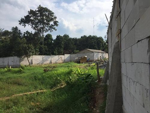 Proses pemagaran lahan yang disebut sebut rencanya akan dibangun menjadi tempat usaha Rumah Pemotongan Hewan (RPH).