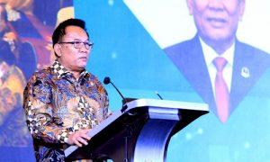 Ketua DPRD Provinsi Jawa Barat Brigjen TNI (Purn) Taufik Hidayat saat menghadiri dan memberikan sambutan pada Musrenbang Jawa Barat Tahun 2022, di Trans Luxury Hotel, Kota Bandung, Senin (12/4/2021). (Foto : Budi/Fajar/Humas DPRD Jabar).