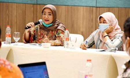 Pimpinan dan Anggota Pansus III DPRD Provinsi Jawa Barat saat m,elaksanakan Rapat Kerja dengan PT.Jamkrida Jabar Di Kabupaten Garut