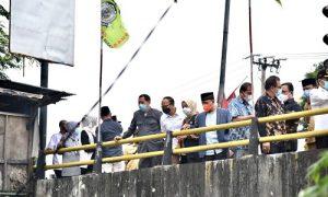 Komisi IV DPRD Provinsi Jawa Barat Saat Memonitor UPTD PSDA Wilayah Sungai Citarum di Kabupaten Bekasi. Senin (14/7/202). Foto : Farhat Mumtaz / Humas DPRD Jabar.