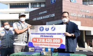 Penyerahan Donasi Penangana Covid IPB University