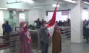 peserta vaksinasi di gedung DPRD Kota Bogor ikuti upacara bendera