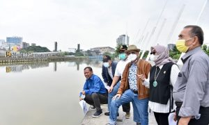 Komisi IV DPRD Jabar Meninjau Langsung Proyek Revitalisasi Sungai Kalimalang Tahap II . Senin 20 September 2021. Foto : Farhat Mumtaz / Humas DPRD Jabar.