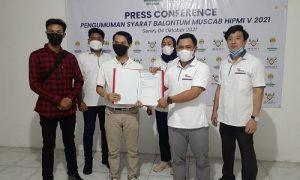 Balontum HIPMI Kota Bogor periode 2021-2024 Marwan Suherwan serahkan formulir dan persyaratan Caketum HIPMI Kota Bogor