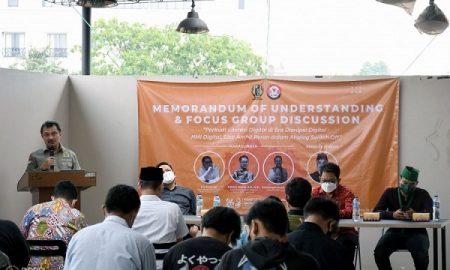 Ketua Komisi V DPRD Provinsi Jawa Barat, Abdul Haris Bobihoe saat menjadi keynotes speaker Focus Group Discussion